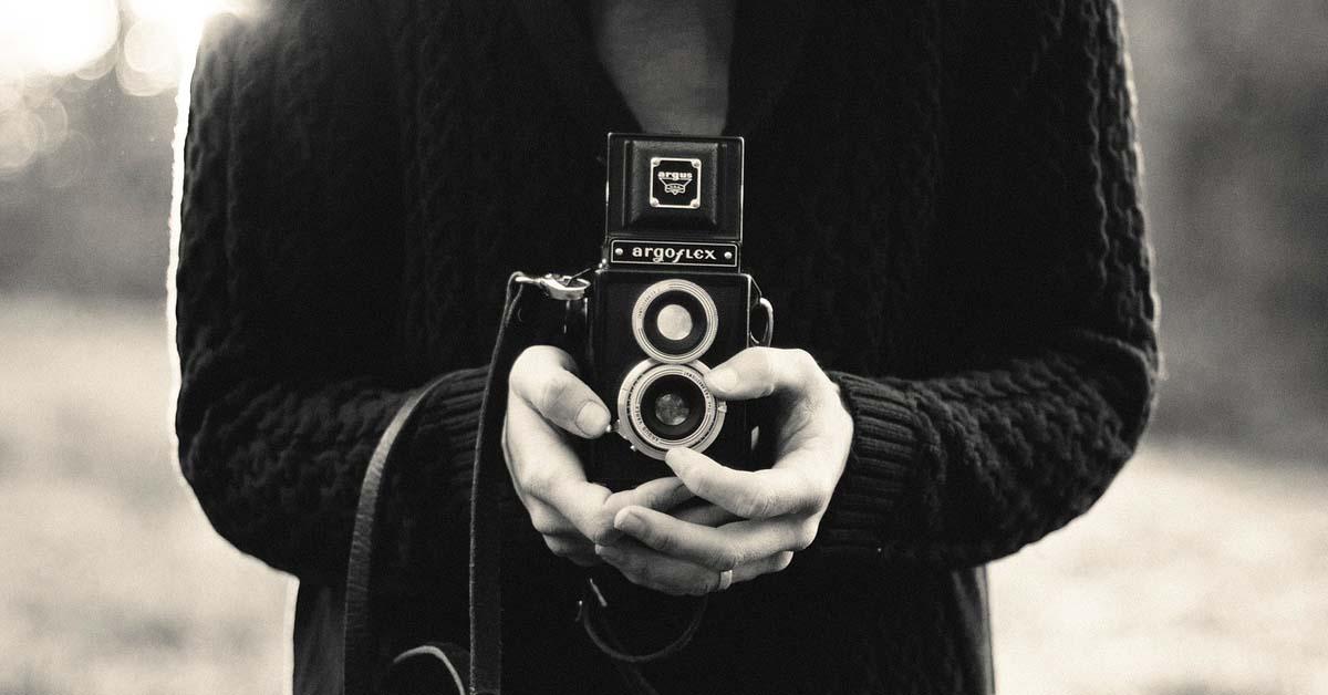 kak-ne-boyatsya-kamery-logo