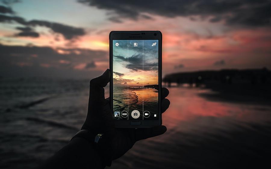 nuzhen-li-obyvatelyu-cifrovoj-fotoapparat-v-sovremennyh-realiyah